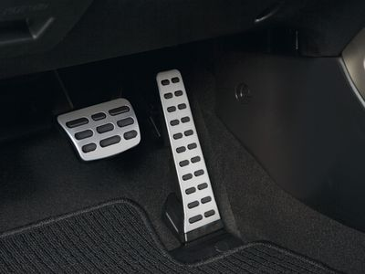 2017 Hyundai Veloster Sport Pedals